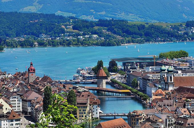 Lucerne, Swiss rail
