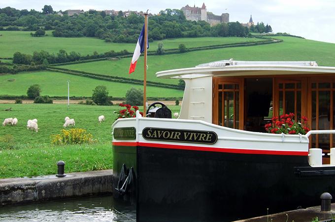 Savoir Vivre Burgundy canal cruise