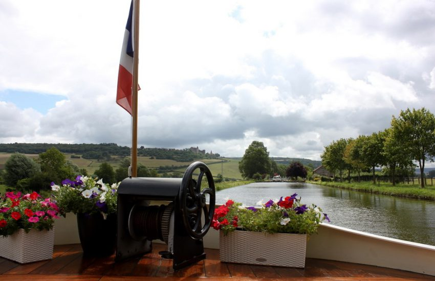 Burgundy canal cruise with Untours